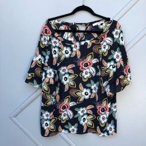 Ann Taylor LOFT floral ruffle sleeve blouse large